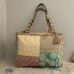 Coach Signature Daisy Pastel Patchwork Tote F14868